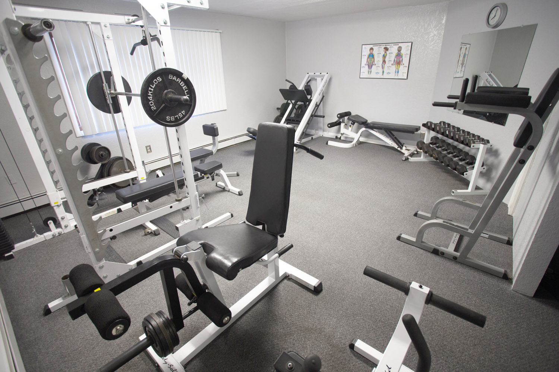 workout-equipment-fitness-center-fairbanks-gym062.jpg
