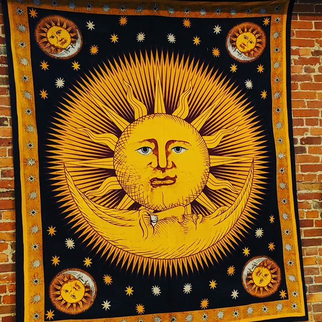 "Looking for some ""Sunshine""  we have plenty here at the Wunderbar... come on in and have your favorite crepe and coffee and enjoy😁🌞☕ #coffee #crepes #wunderbarharmony #historicharmony #pittsburghfoodie #pittsburghfood"