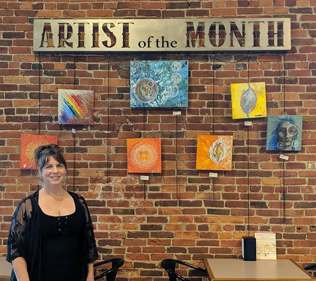 Good Morning hoping everyone had a wonderful 4th of July and we are proud to introduce our new Artist of the Month ...Bets Danko!! come on by and get your July started with a wonderful cup of coffee and your favorite crepe and check-out Bets artwork 😁🌞☕