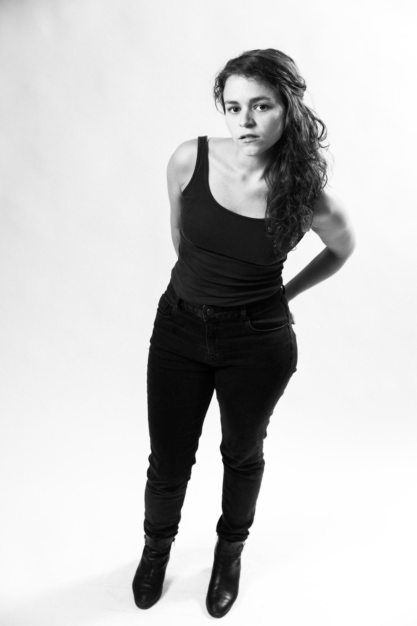 iso800-fotograaf-antwerpen-headshots-portret-stefanie-actrice-theater-portfolio