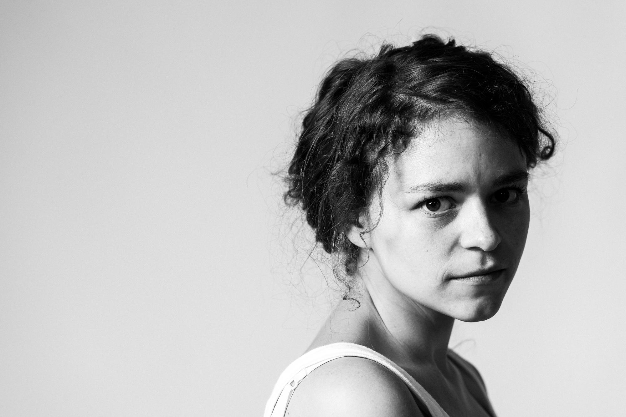 iso800-fotograaf-antwerpen-headshots-stefanie-portret-actrice-theater
