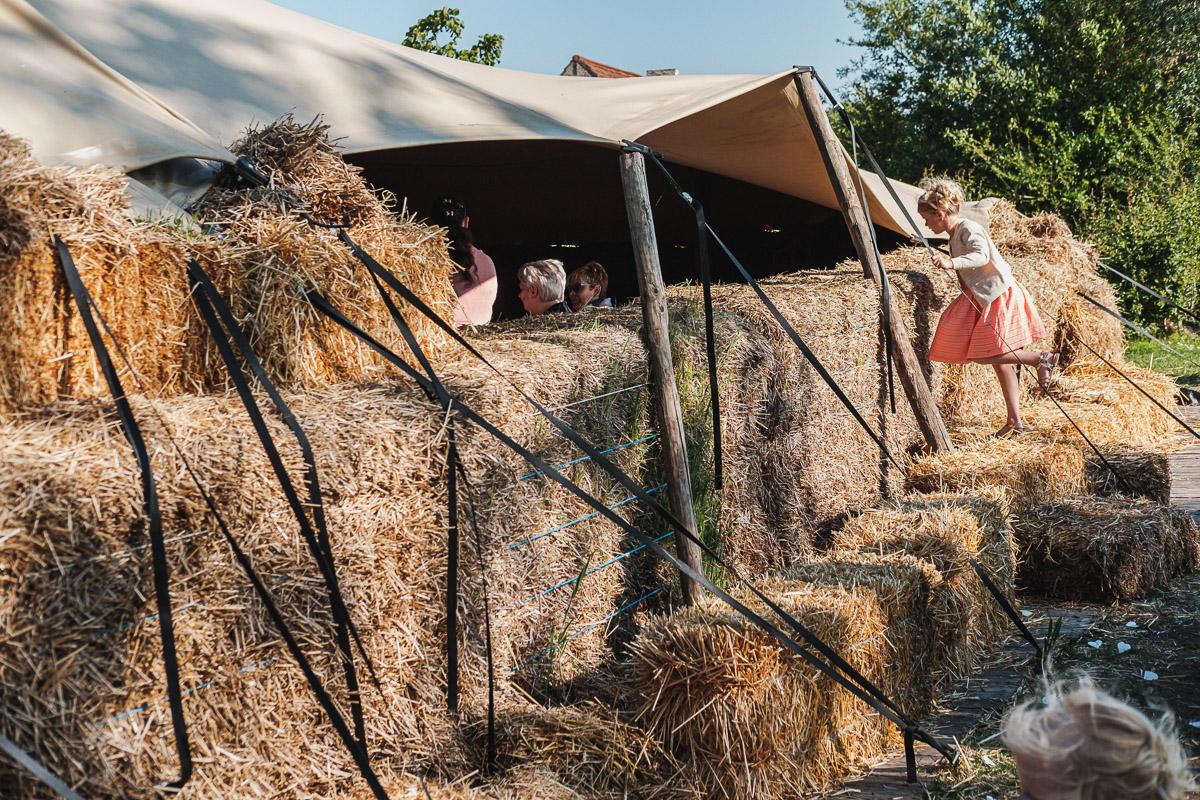 Trouwfotograaf op een huwelijksfeest in Roeselare van Kelly & Ba