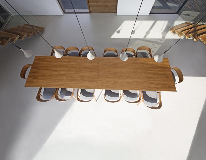 Resin-floor-table.jpg