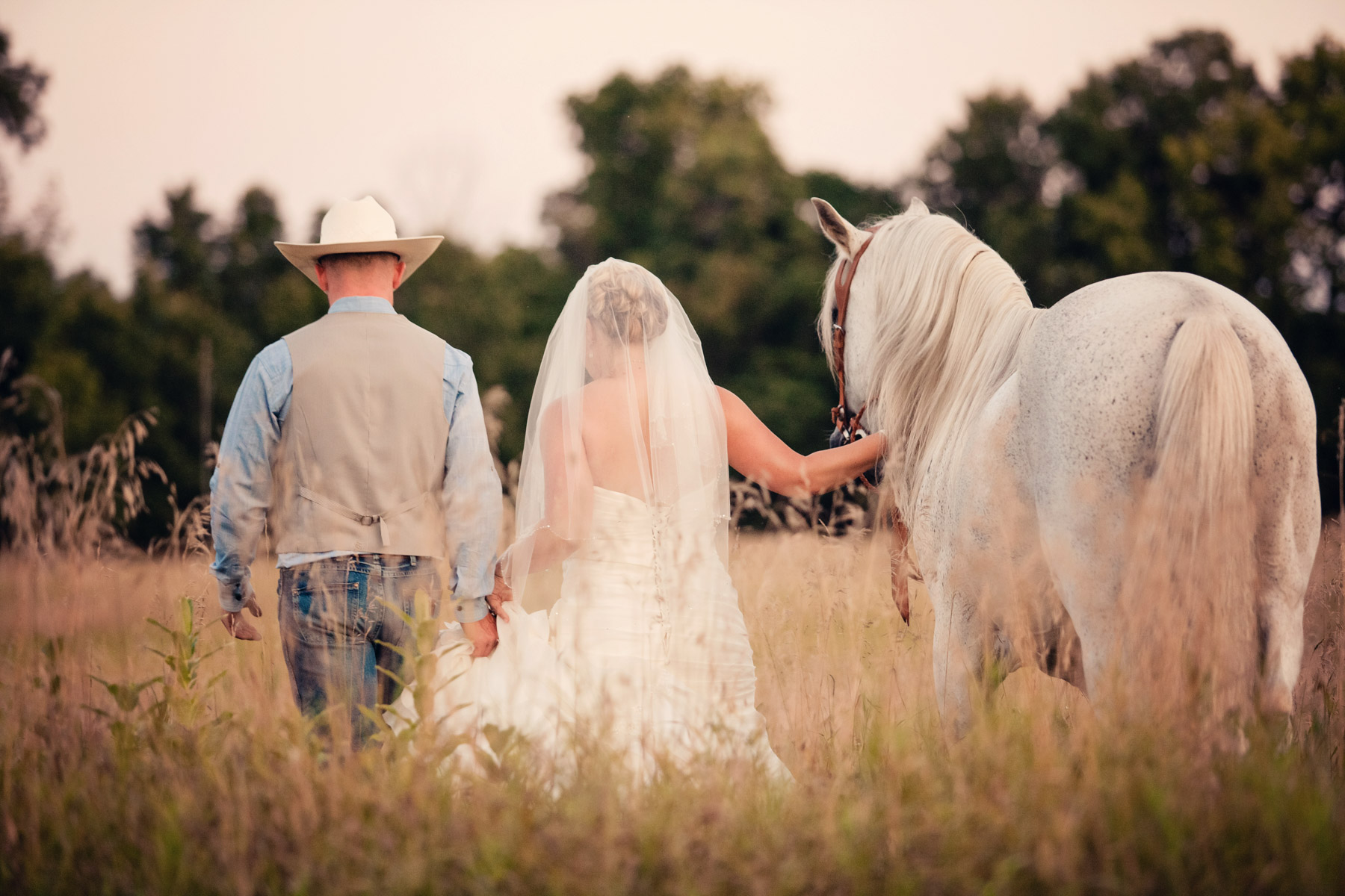 - Country Wedding
