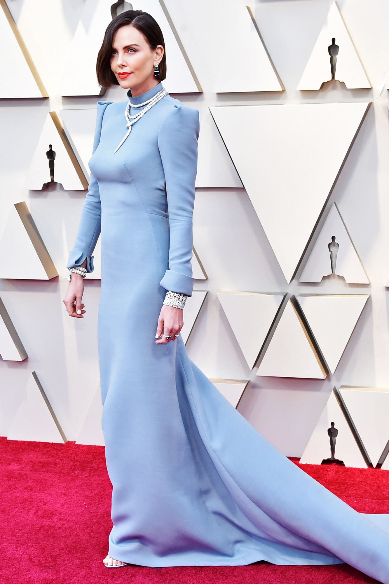 CHARLIZE THERON - DIOR HAUTE COUTURE: This colour stood out and the tailoring is impeccable.