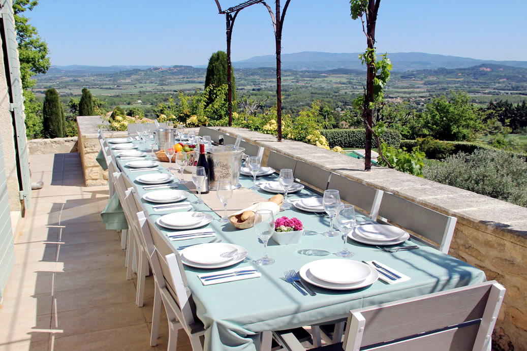 Gordes-Terrace-East-ps.jpg