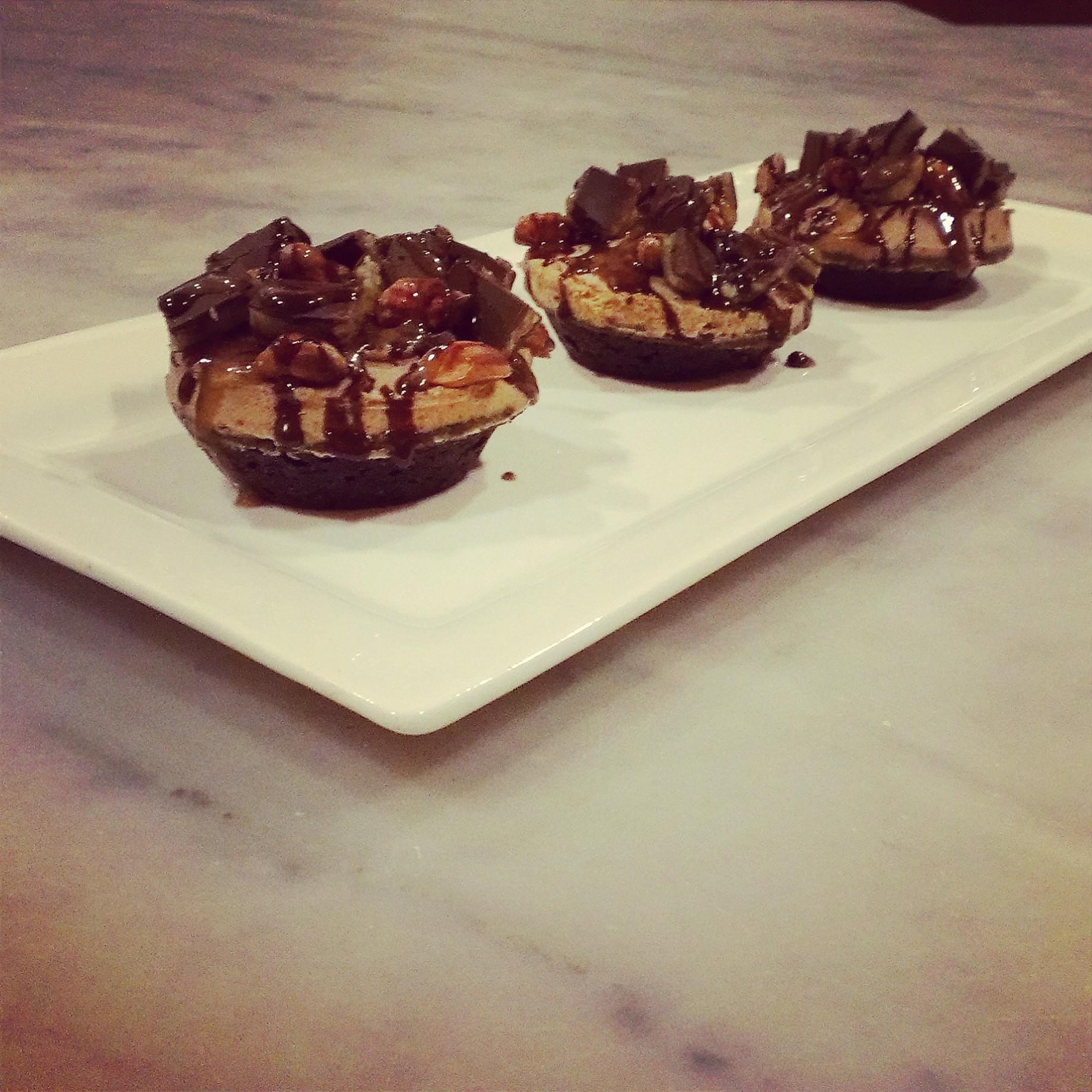 jungle peanut butter cupcakes
