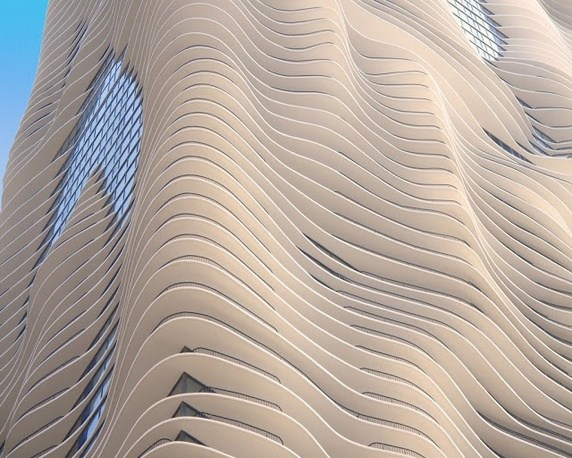 Aqua Tower Chicago by Jeanne Gang (  Image source  )