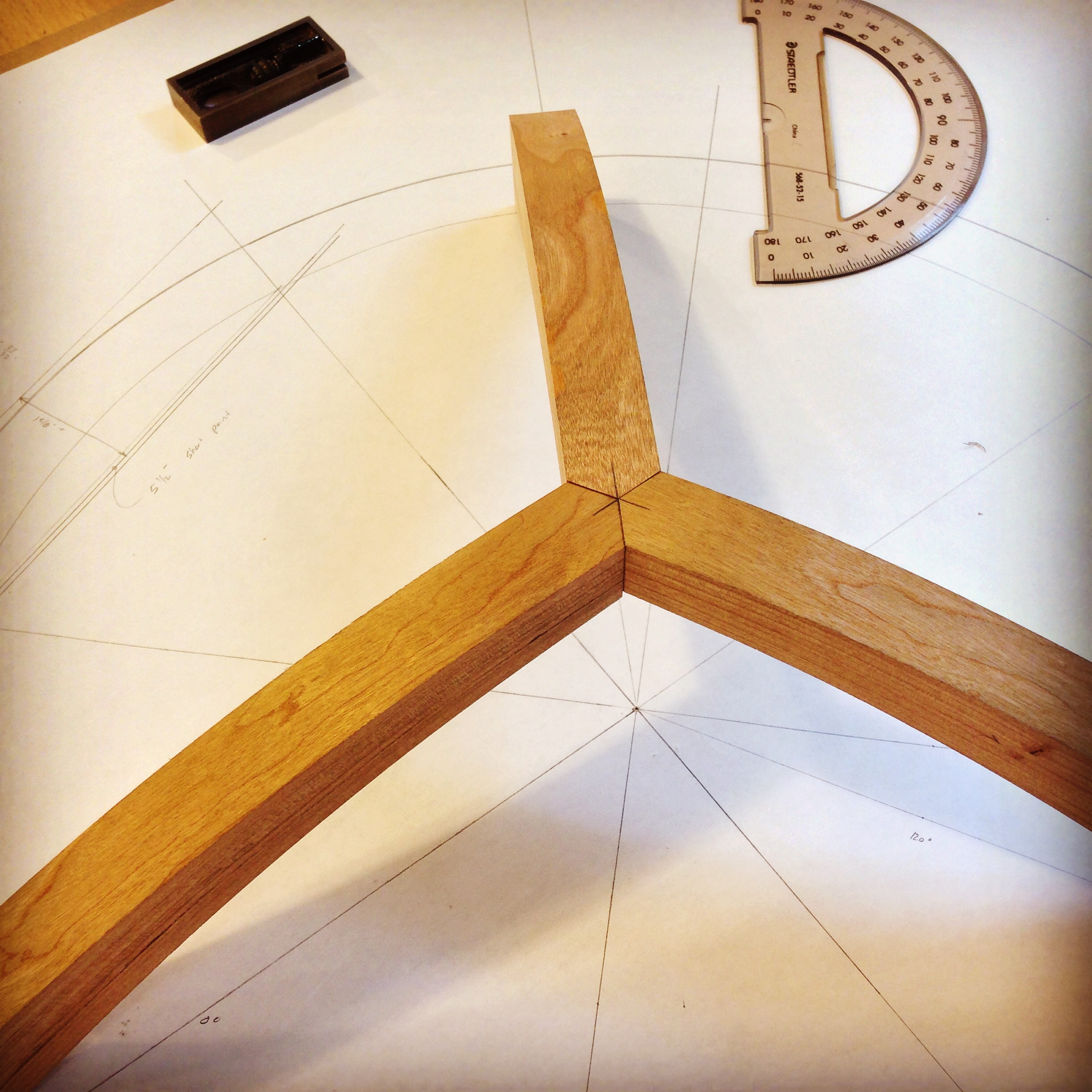 curved joinery.JPG