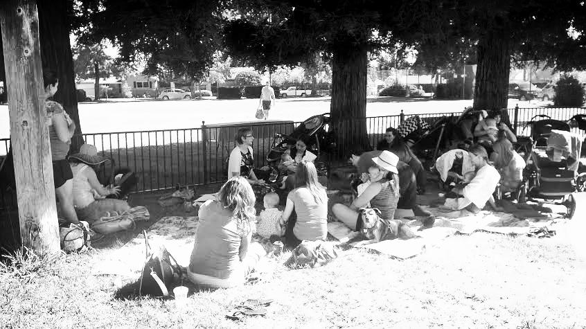 postpartum in park2.jpg