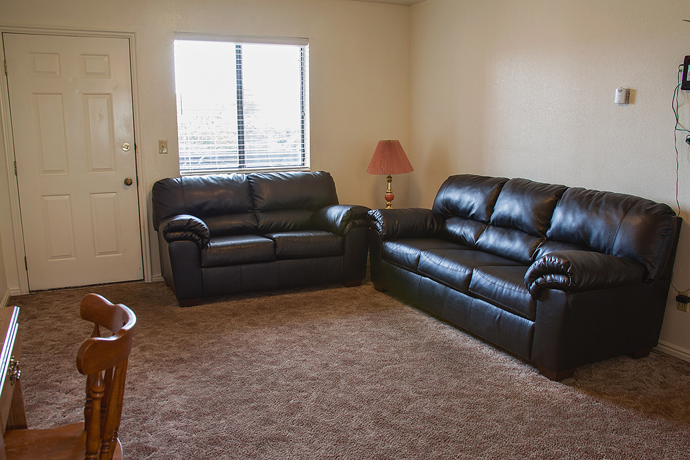 Private-FamilyRoom.jpg