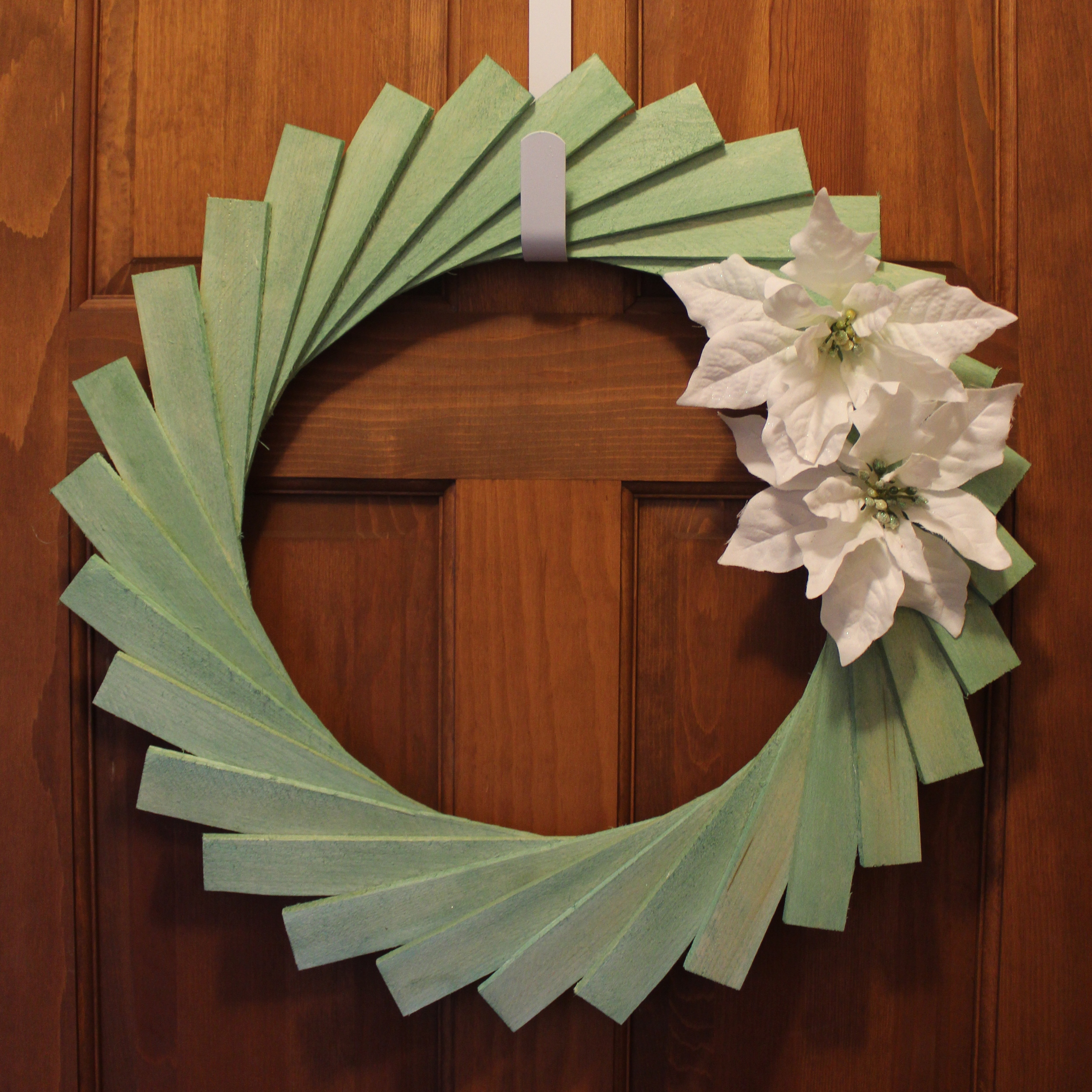 SSDC - Wooden Shim Wreath After