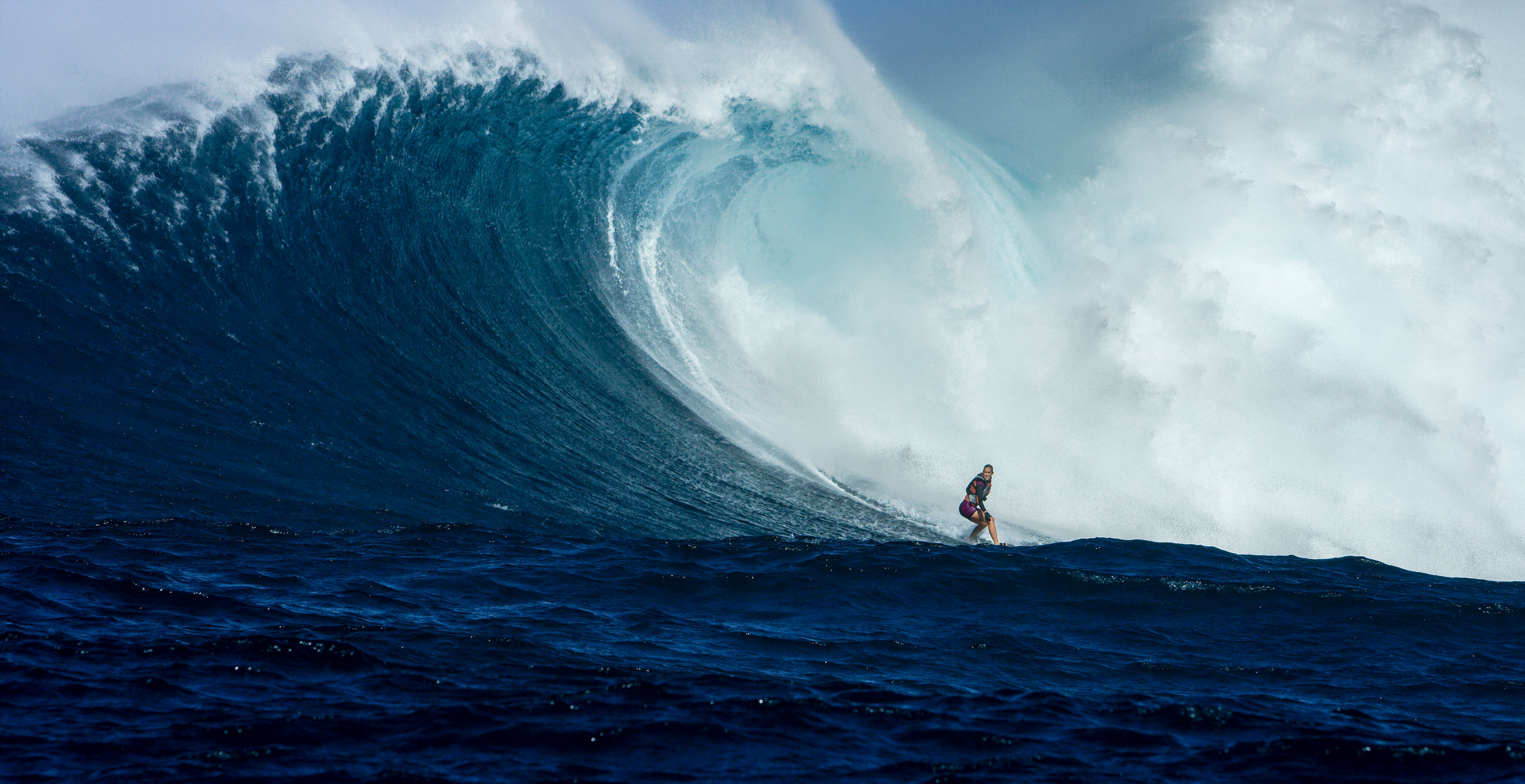 Surfs Like A Girl_Aaron Lieber_7.jpg