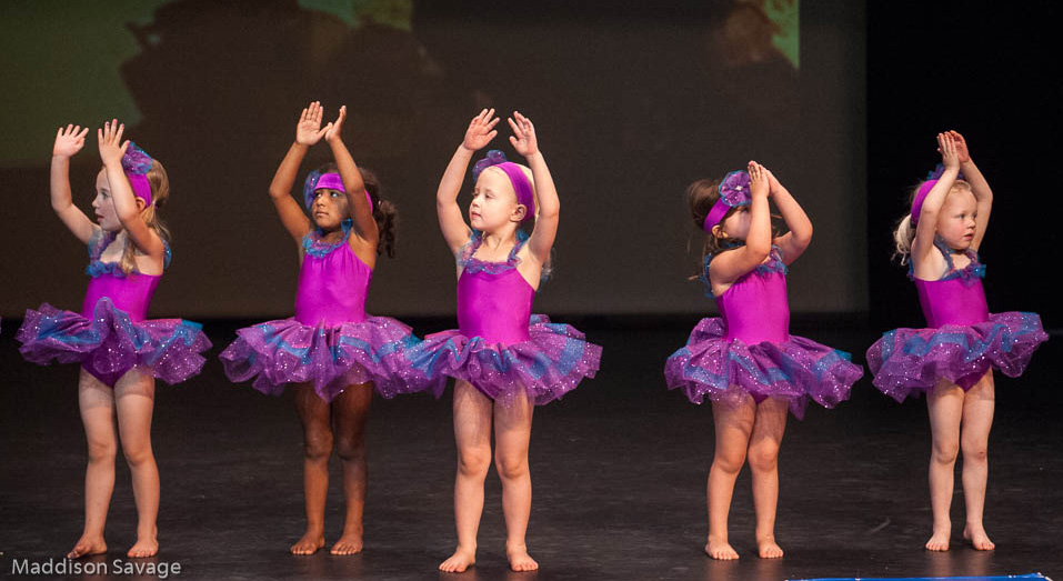 Little dancers onstage (2014)