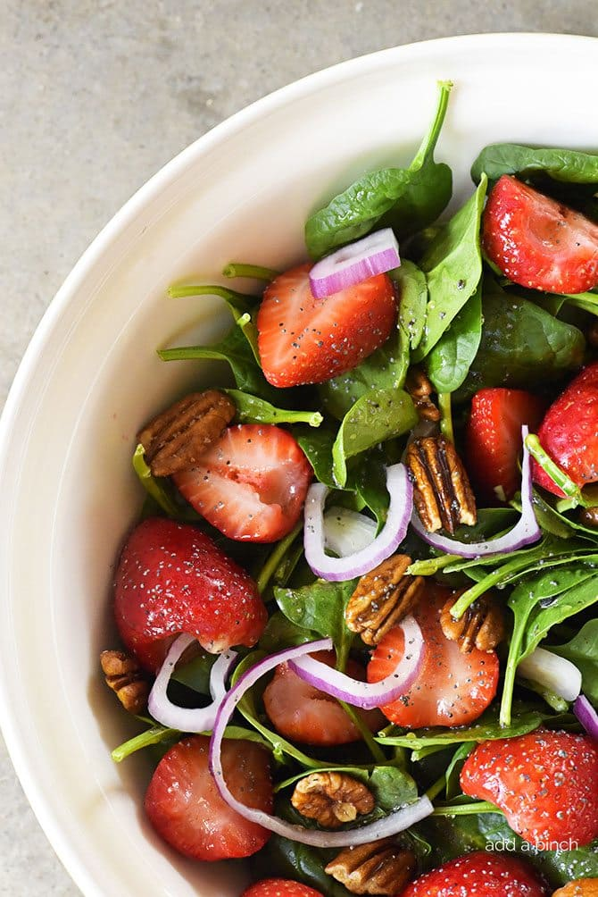 strawberry-spinach-salad-recipe_DSC0647.jpg