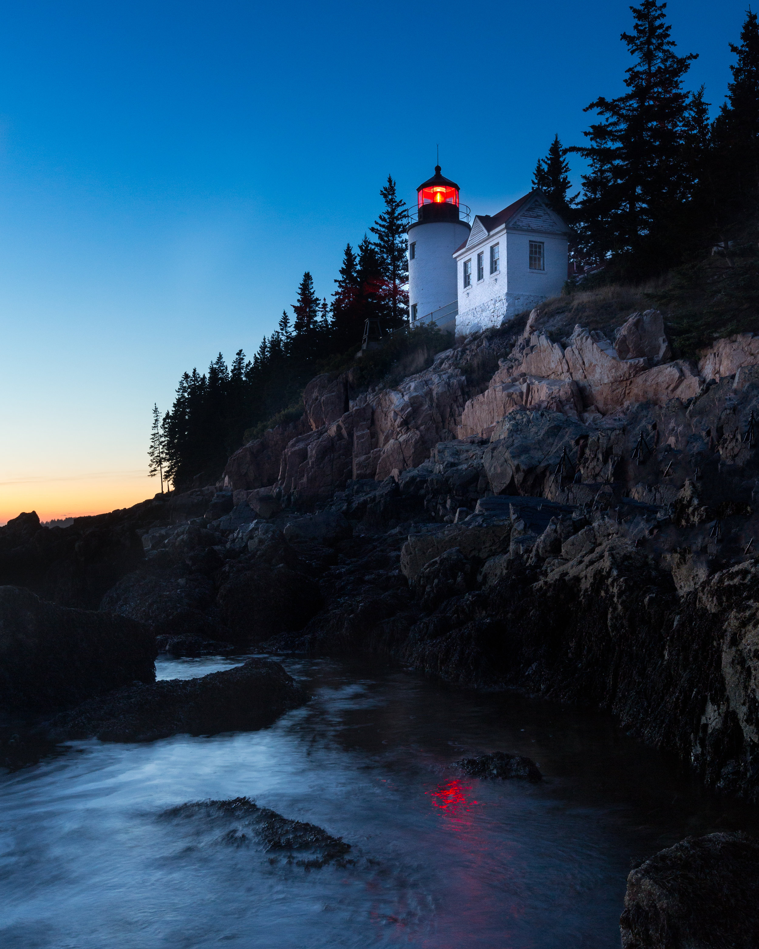 Bass Harbor Light ISO 1000 / 28mm / f11 / 1.6 sec