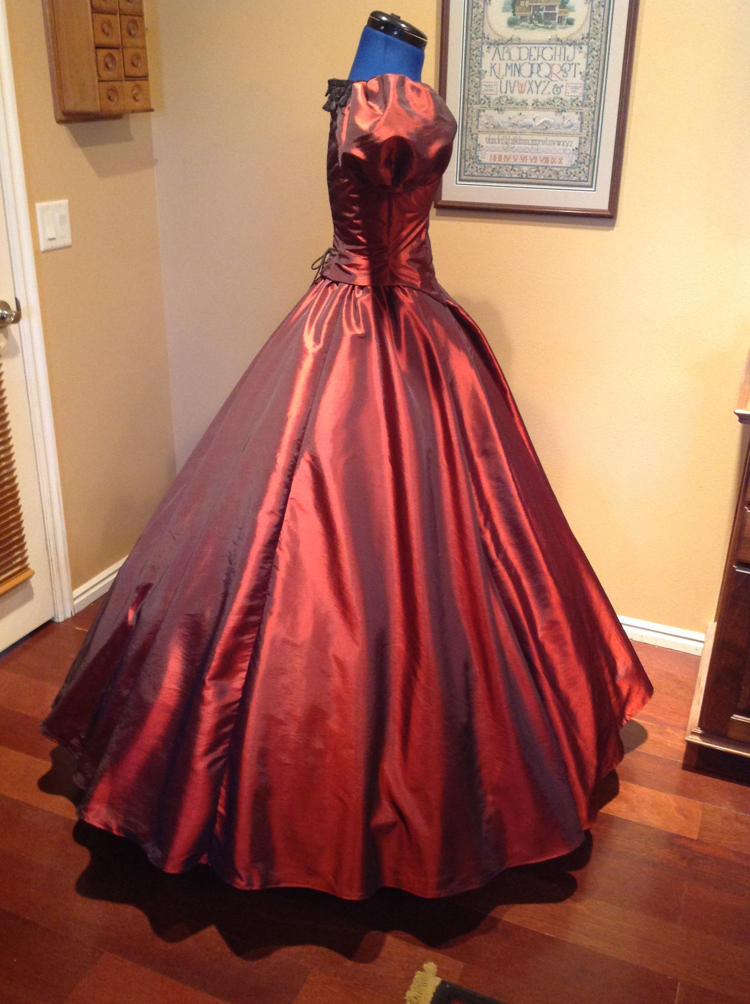 Red Taffeta Gown Waist 25 1 2 28 Civil War Ball Gowns Costume