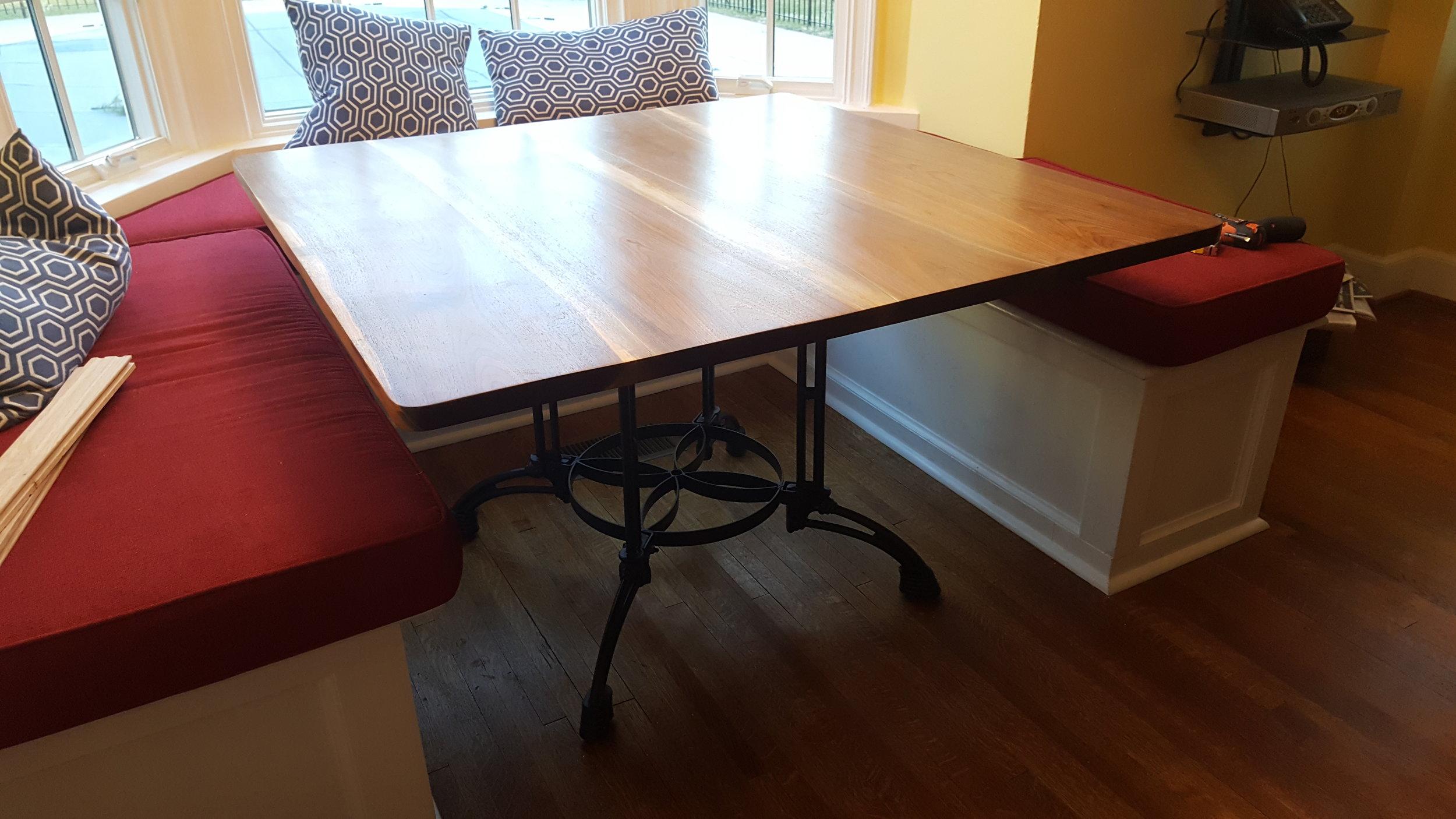 Stadtmaurer table.jpg