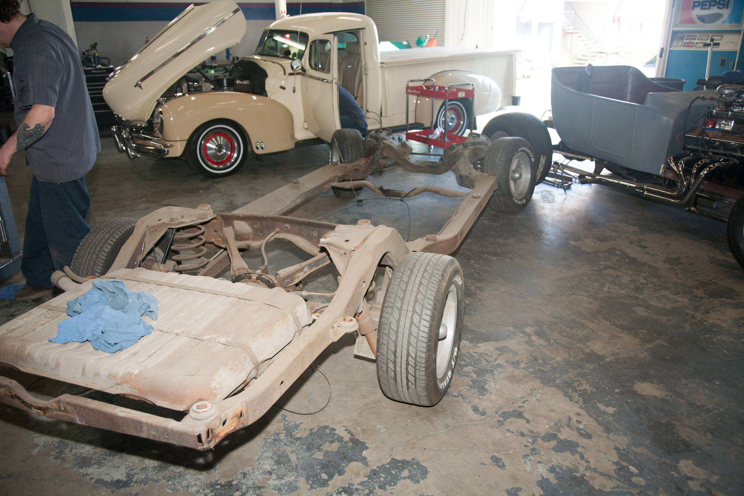 The chassis is rolled away to be taken apart, inspected for any damage and sentout to be sandblasted and powdercoated.