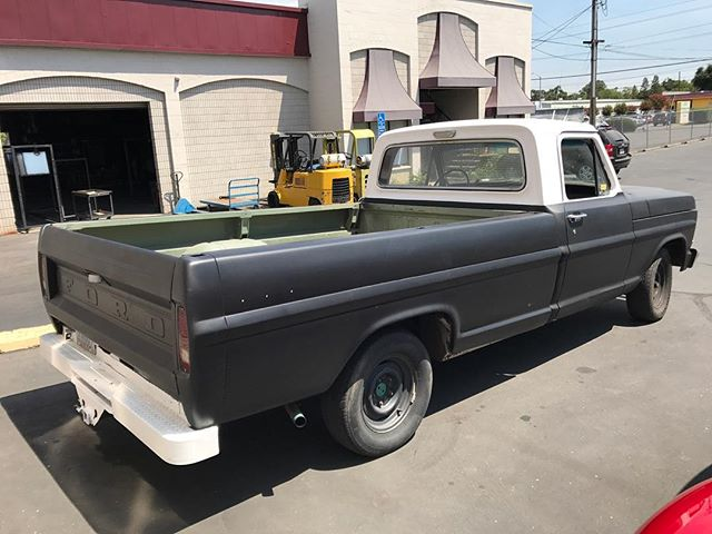 Fixed Couple electrical issues on this F100 last week.