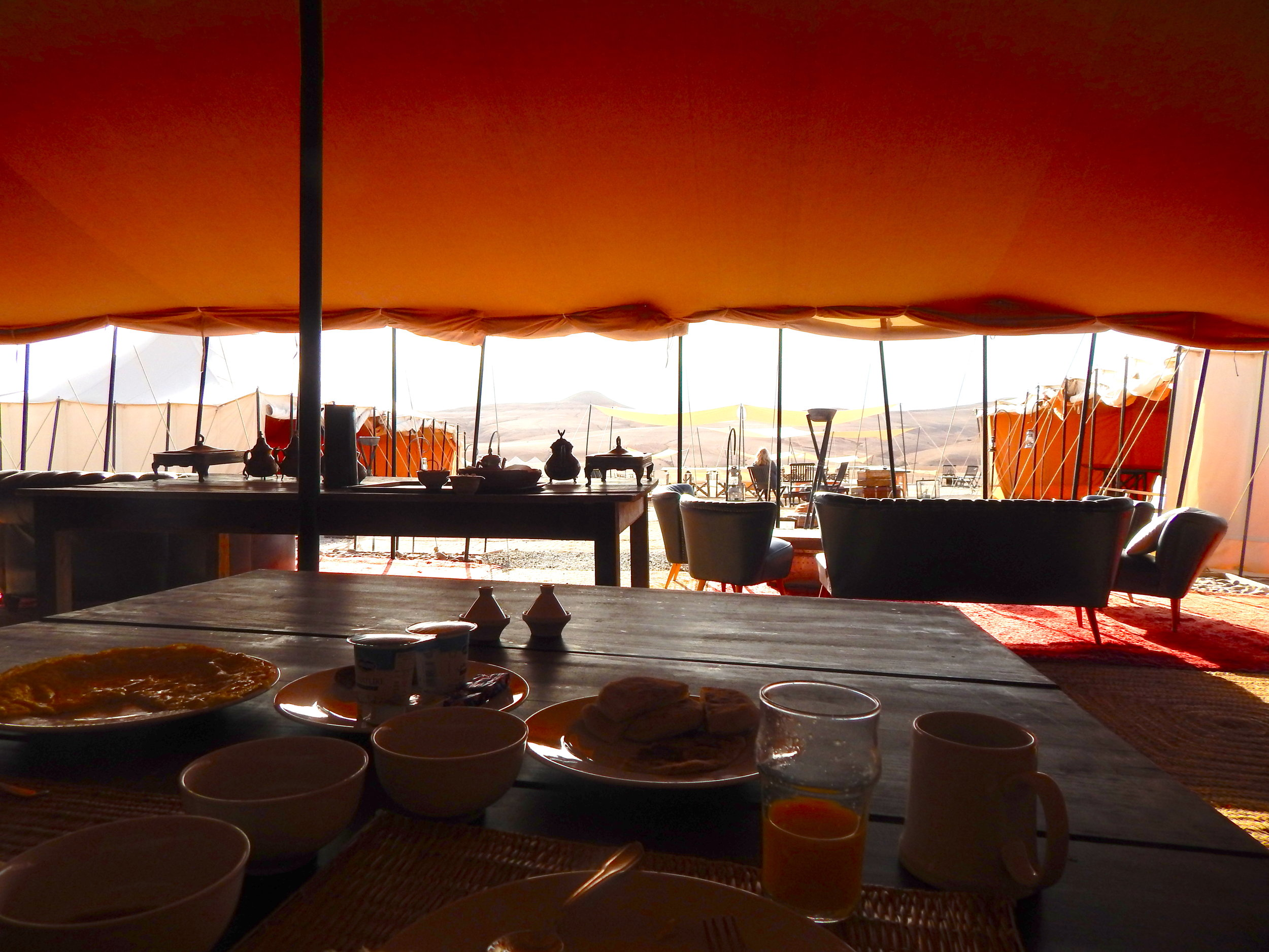 Breakfast overlooking the stone desert.
