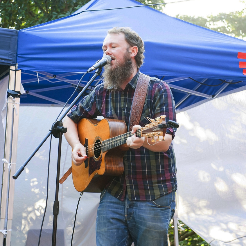 Live Music   Peak24 will offer live music in the afternoon to cultivate a fun and friendly atmosphere on race day.