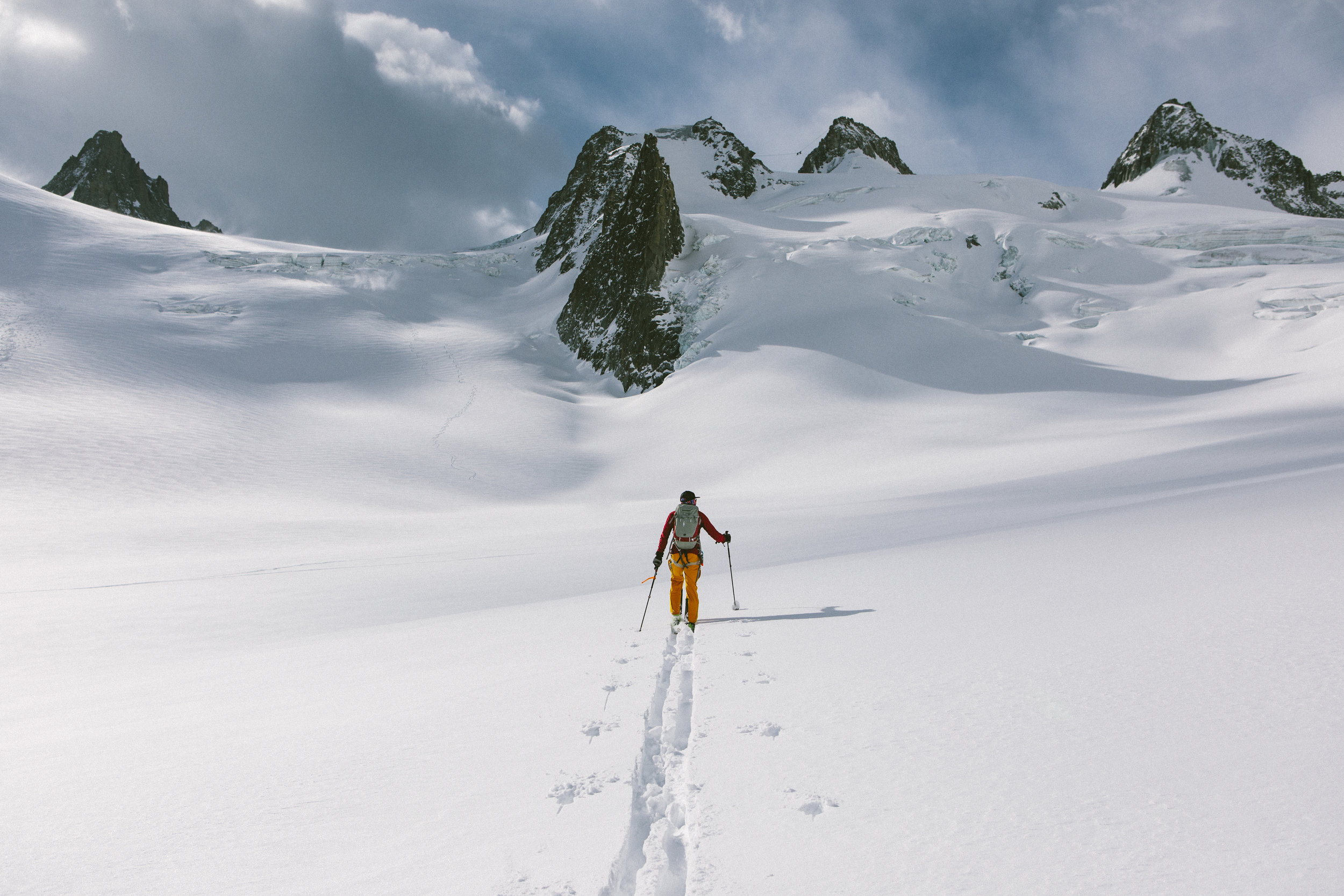 Rob skinning towards the Italian side of Mont Blanc, in the Vallée Blanche. Photo courtesy of Matt Kennedy