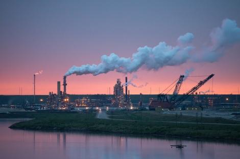 Syncrude bitumen processing plant.