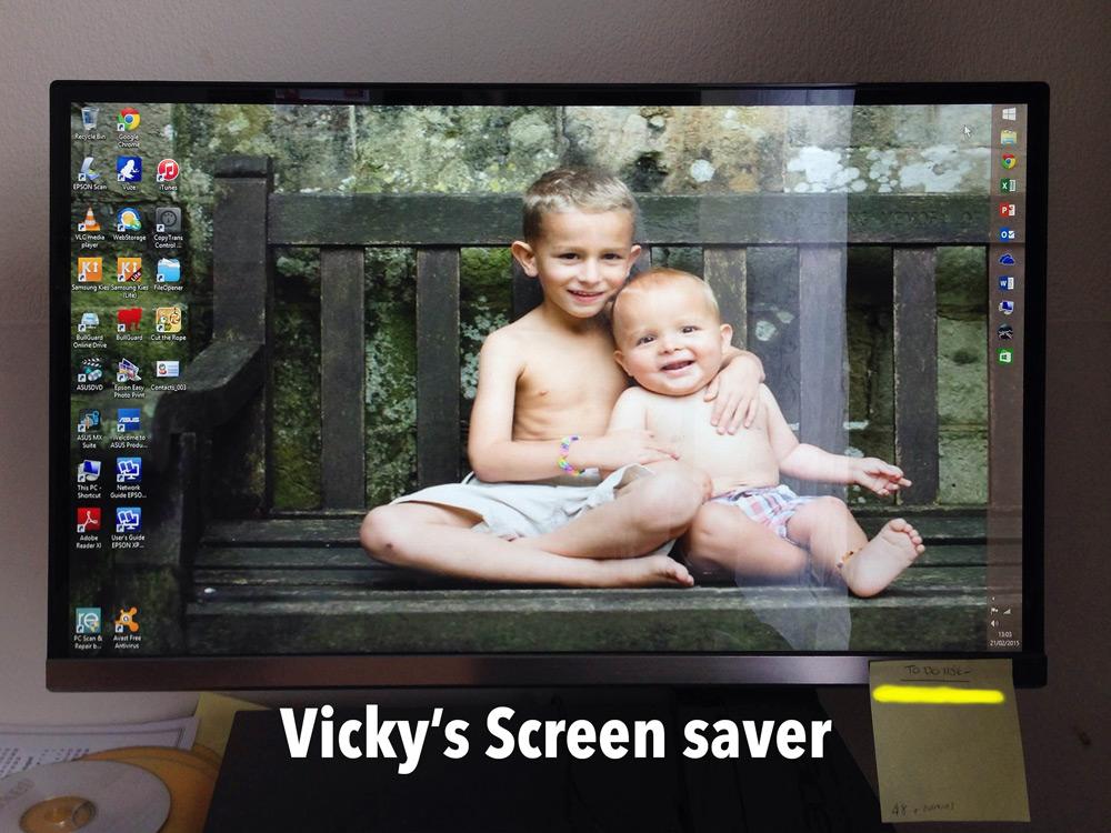 vicky-screensaver