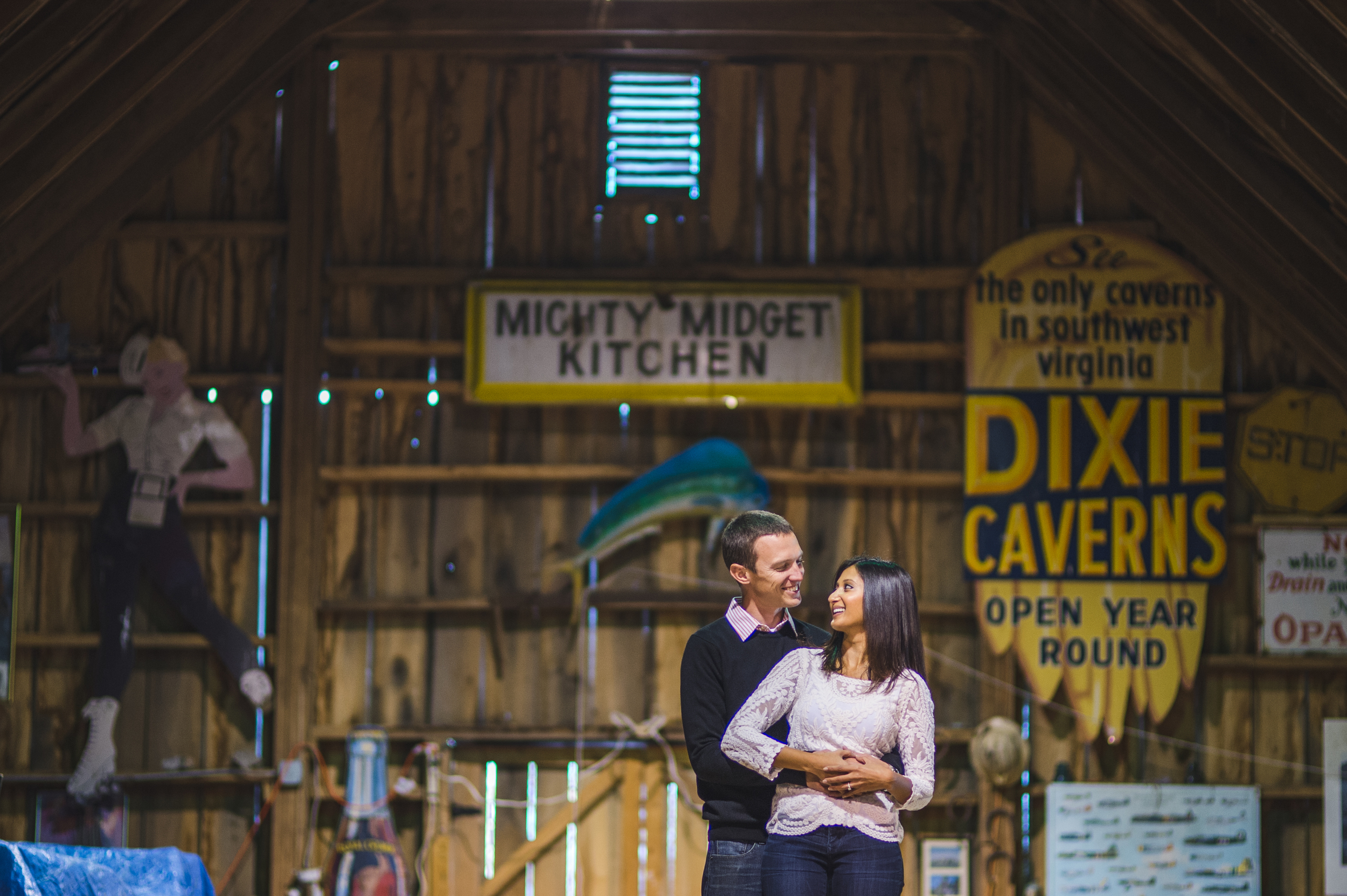 Barn engagement session by Mantas Kubilinskas.jpg