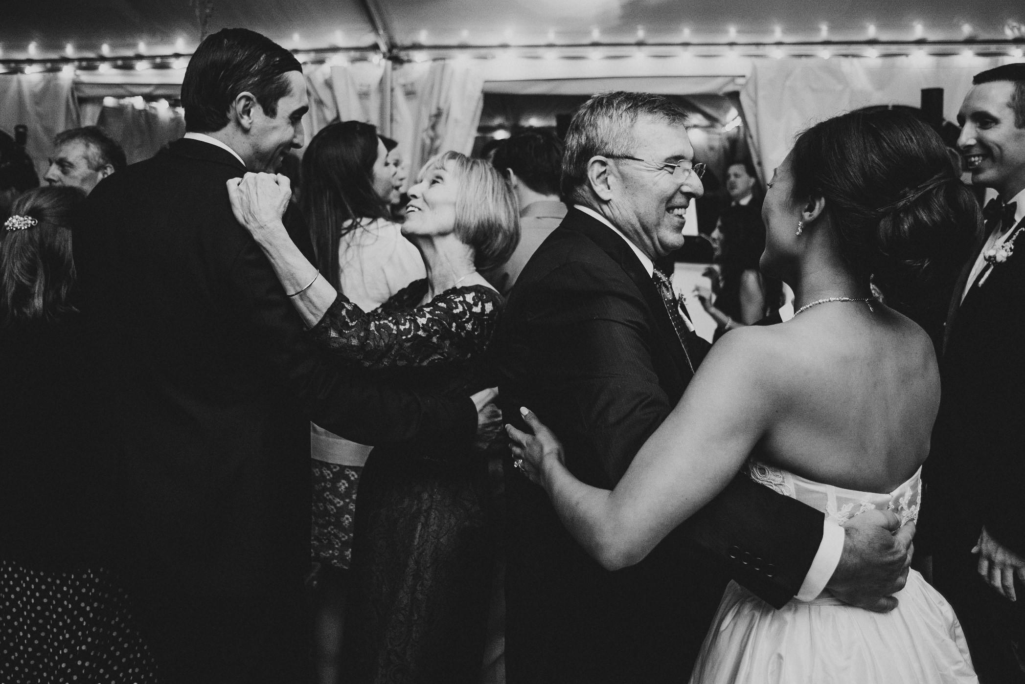 Wedding at Woodlawn Manor Sandy Spring Maryland by Mantas Kubilinskas-30.jpg