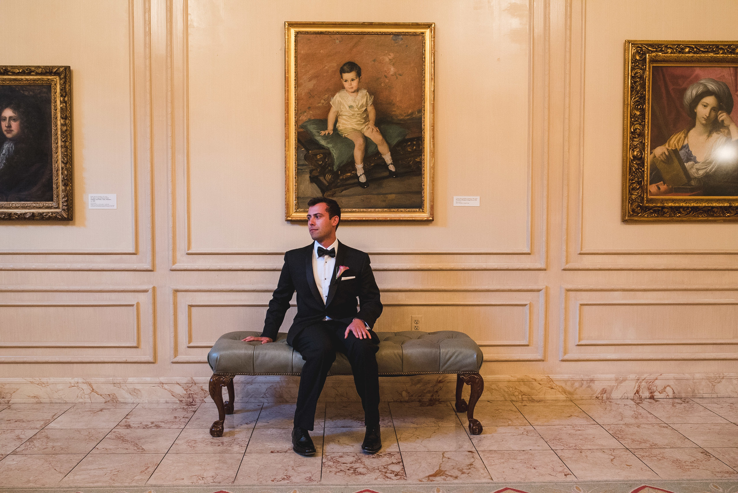 Wedding at National Museum of Women in the Arts by Photographer Mantas Kubilinskas-19.jpg