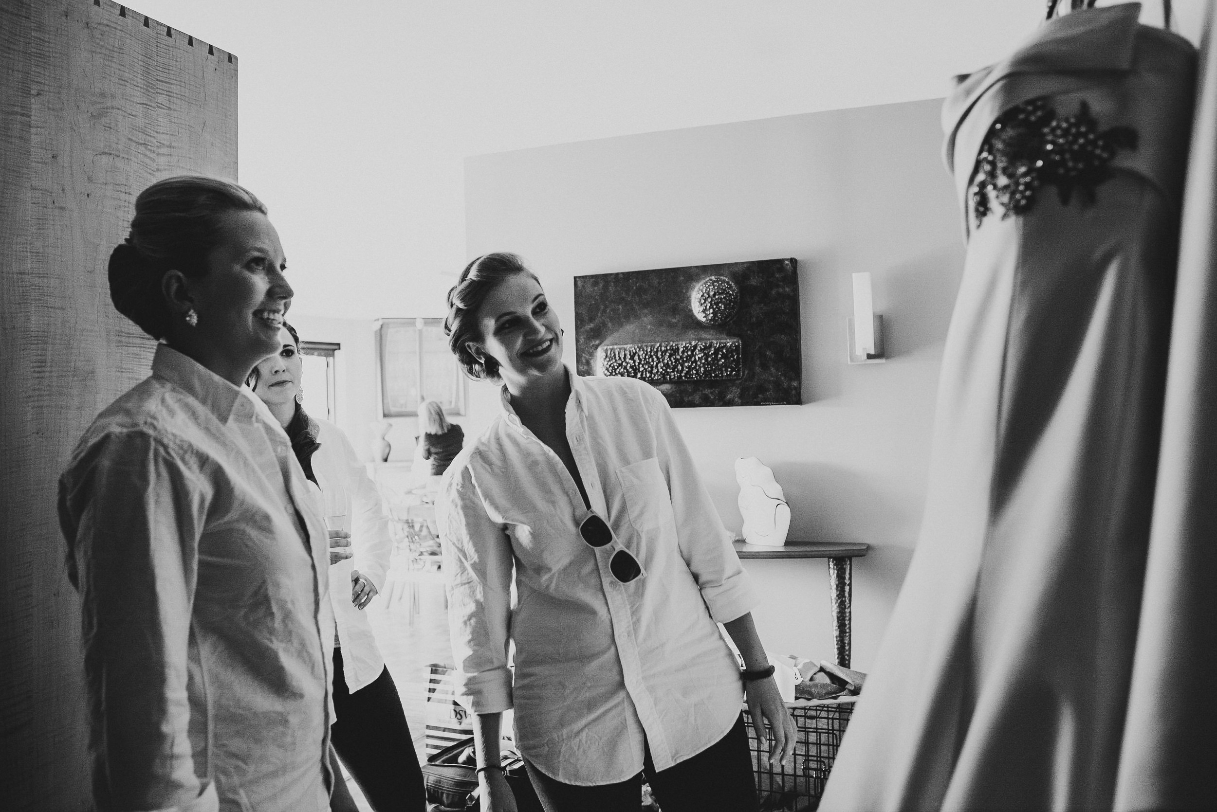 Wedding at National Museum of Women in the Arts by Photographer Mantas Kubilinskas.jpg