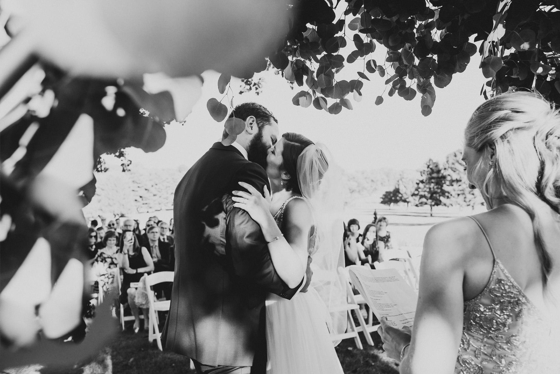 Documentary Manor Country Club Wedding Photography