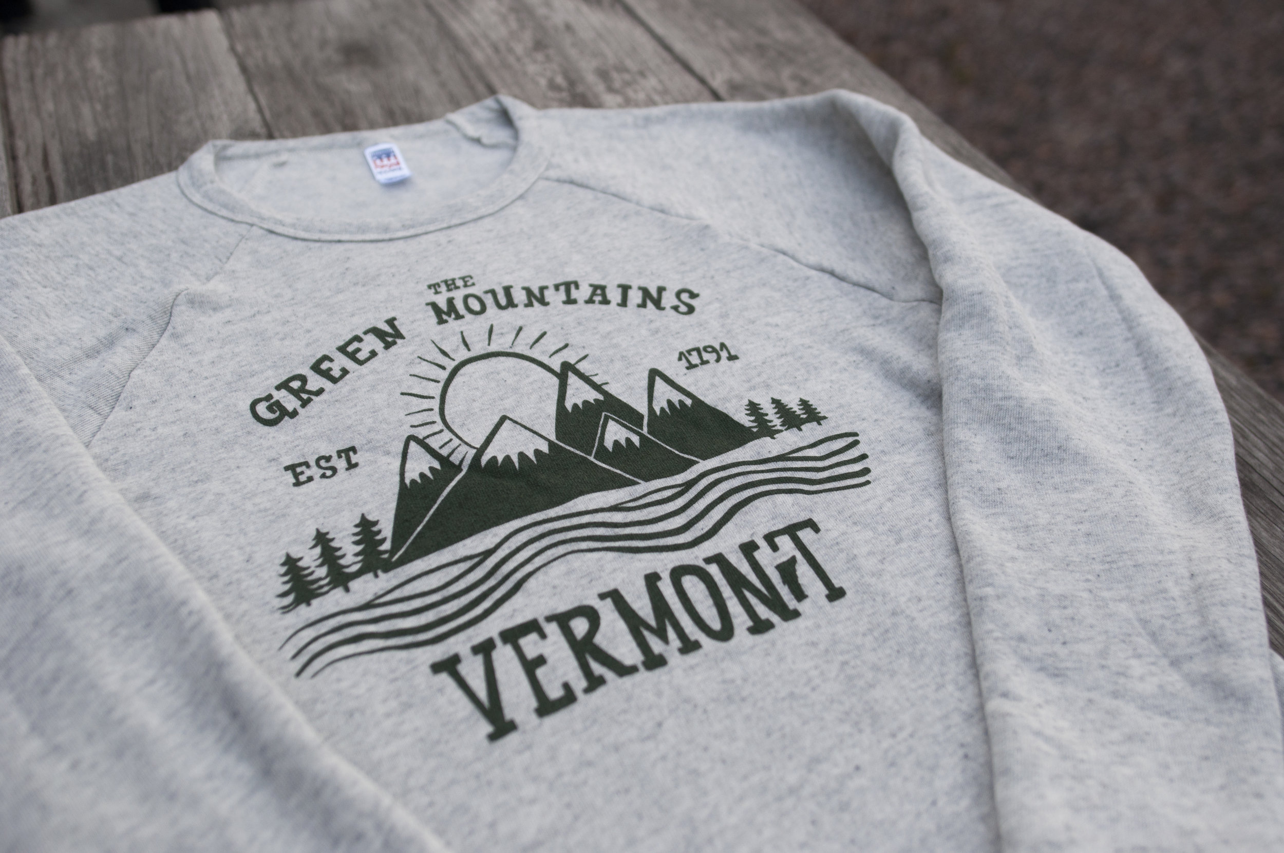 O ur new crew neck sweatshirt featuring our favorite mountains!