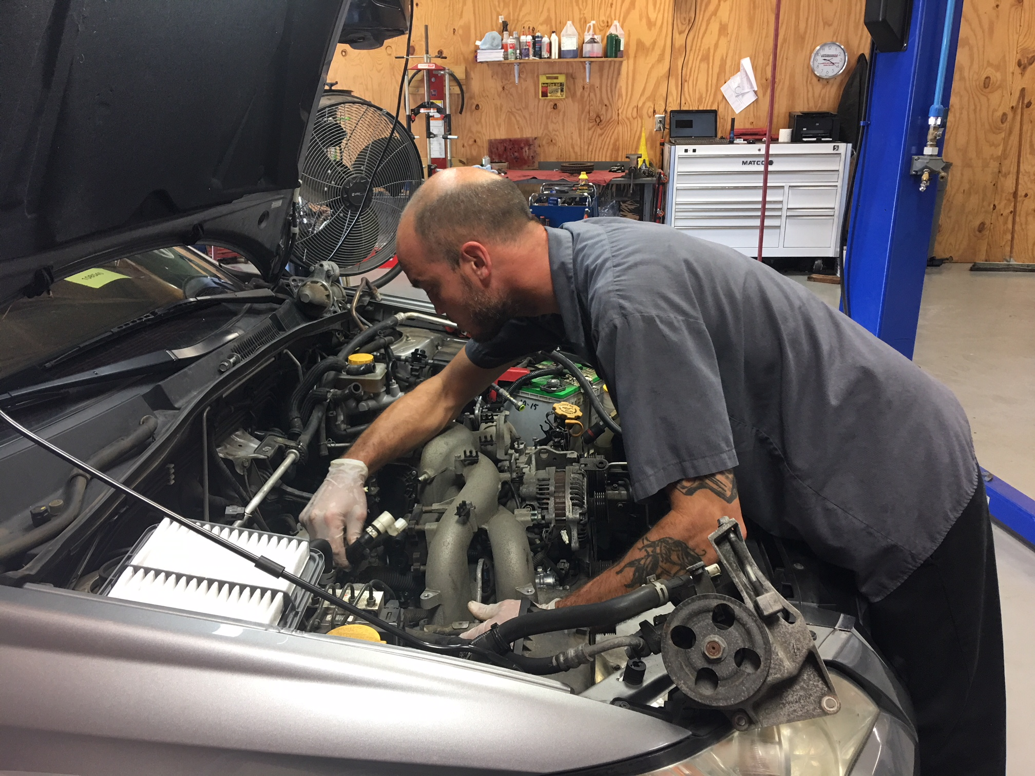 Team Ryan Automotive - Installing Reconditioned Engine.JPG