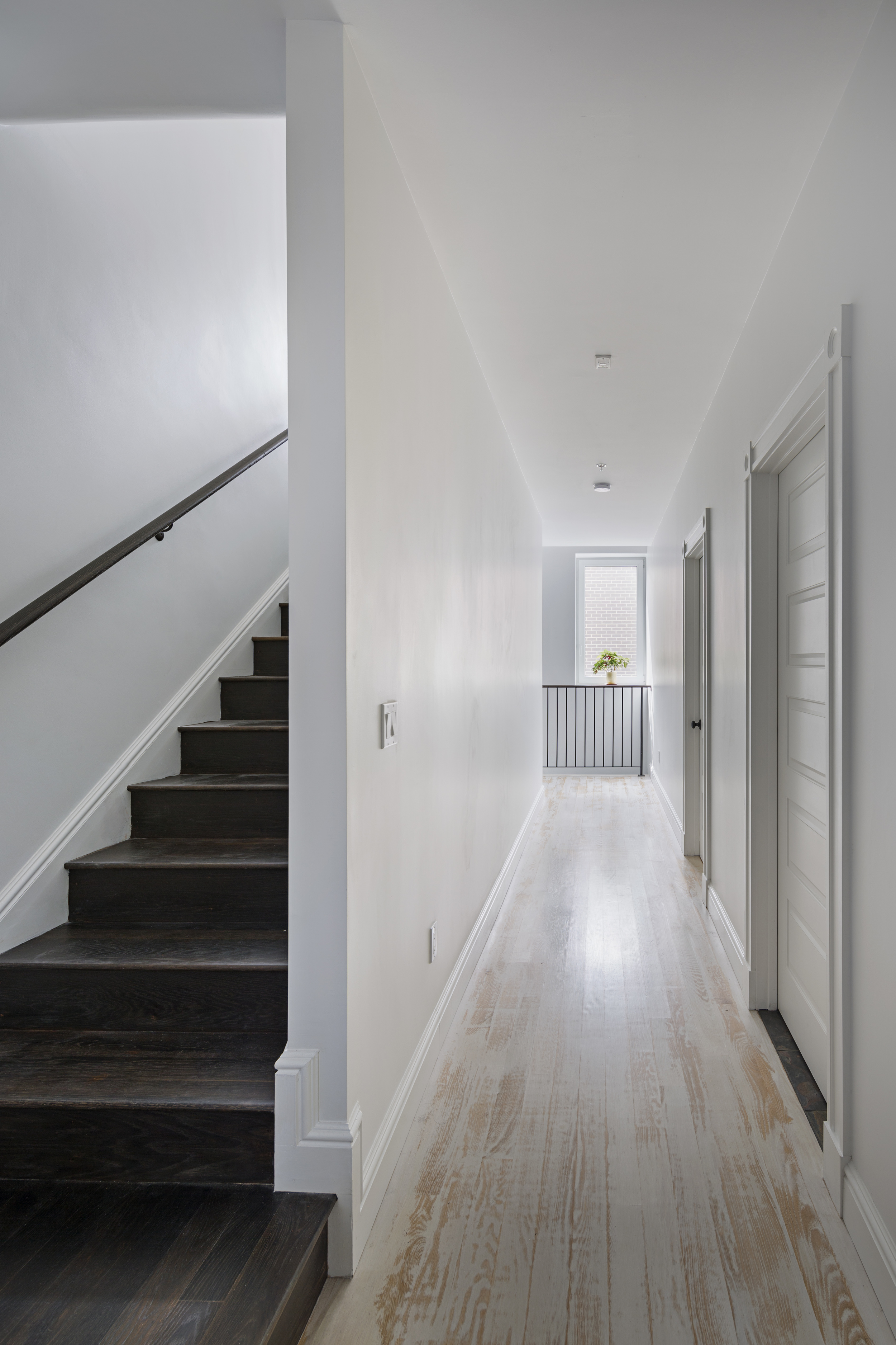 3 Hallway 3rd 2.jpg