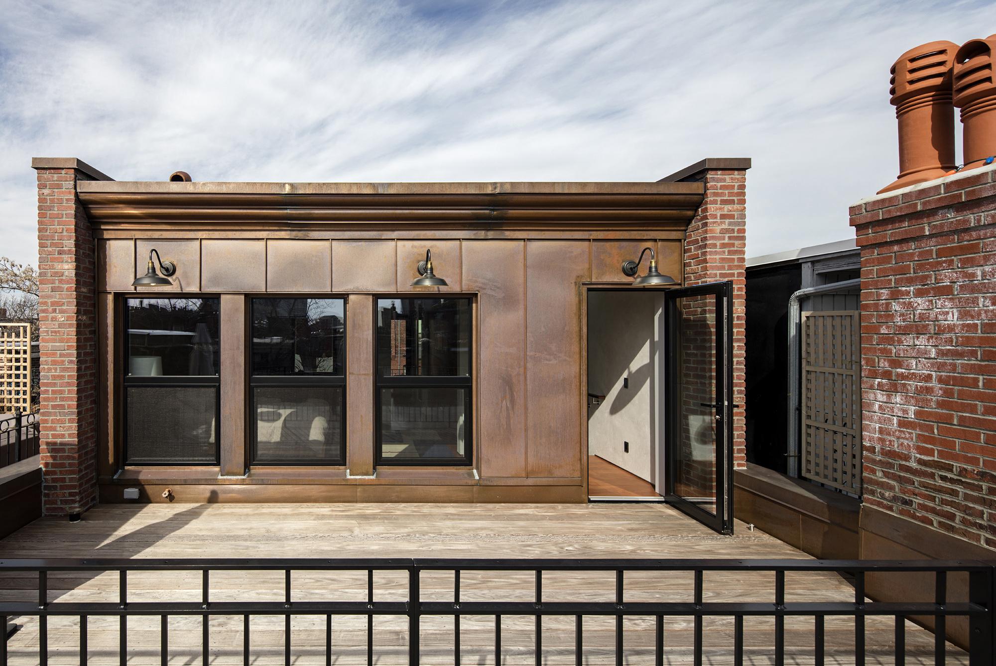 Roof Deck 2.jpg
