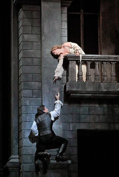 The Balcony Scene from  Roméo et Juliette