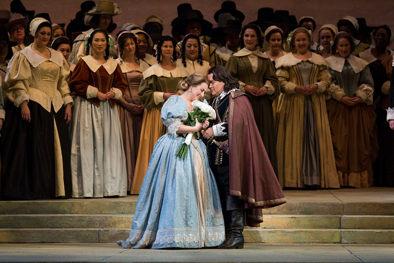 Diana Damrau and Javier Camarena star in the Met's  I Puritani