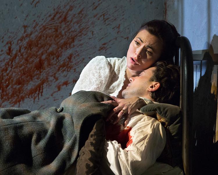 Leonard and Vittorio Grigolo in the final scene