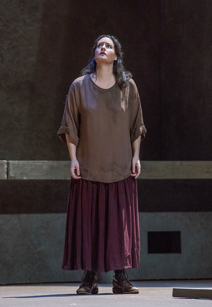 Elza van den Heever as Chrysothemis in  Elektra