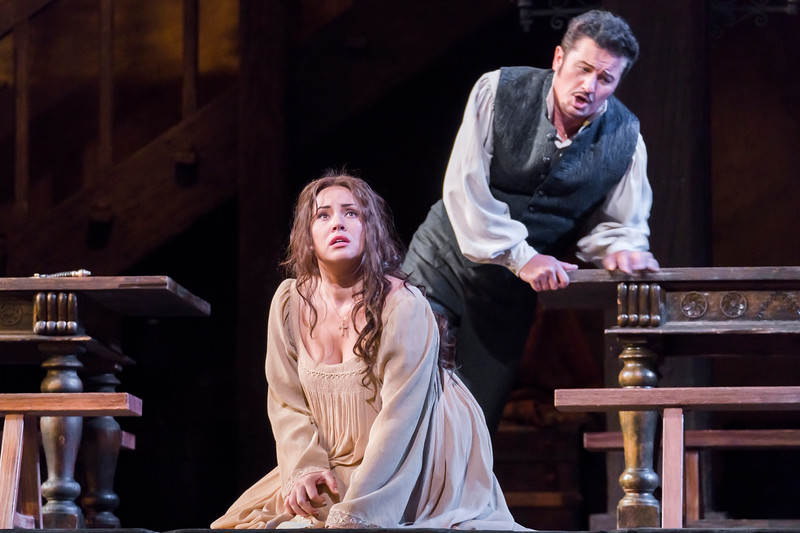 Luisa Miller (Sonya Yoncheva)and Rodolfo (Piotr   Beczała)  have taken poison in Act III