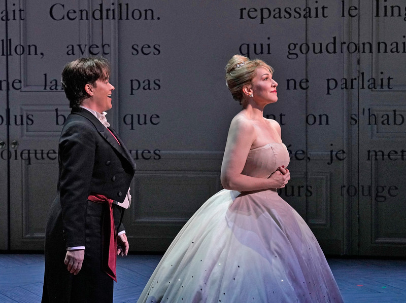Alice Coote as Prince Charming and Joyce DiDonato as Cendrillon