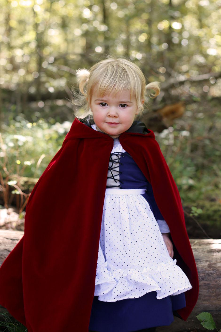 Little Red Riding Hood E.jpg