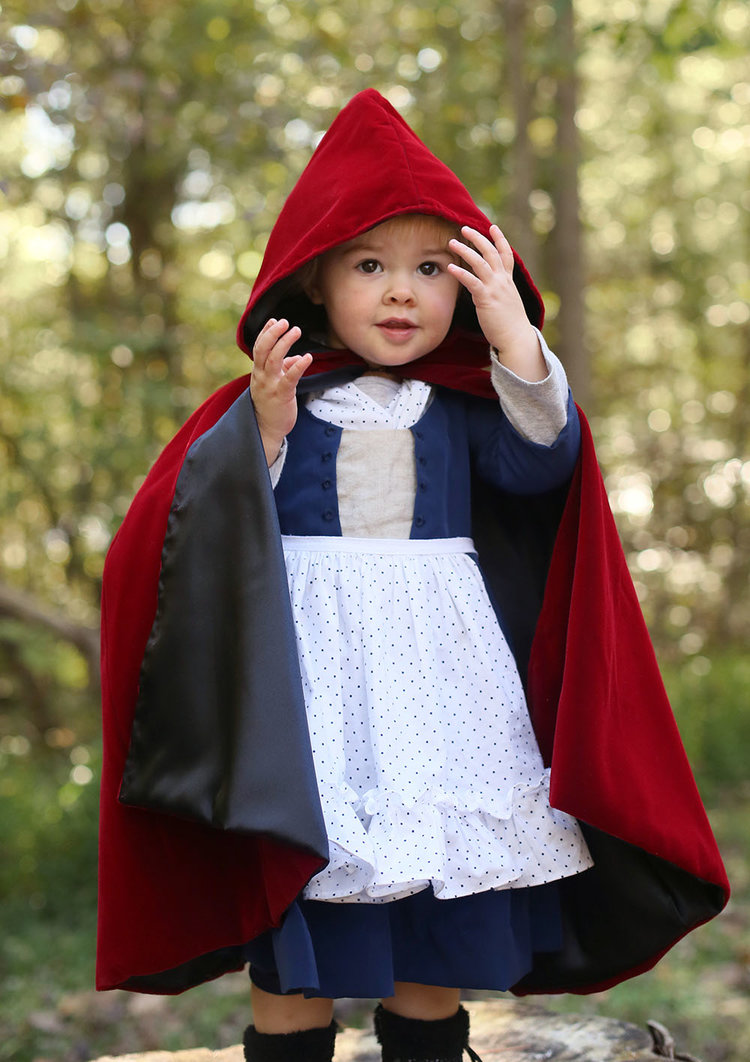 Little+Red+Riding+Hood+Toddler+18th+Century.jpg