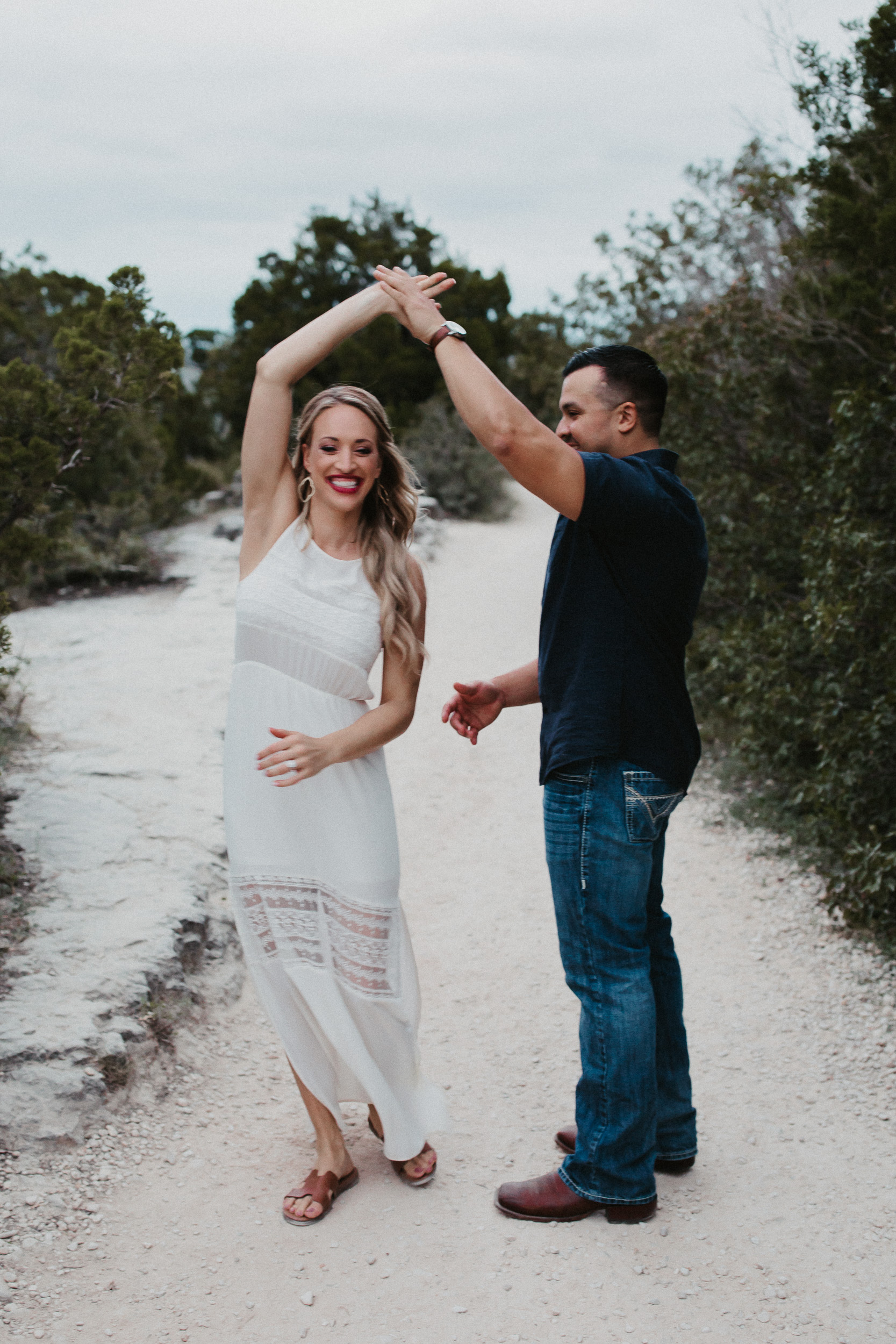 liz-stephen-engagement-mount-bonnell-austin-texas-025.jpg