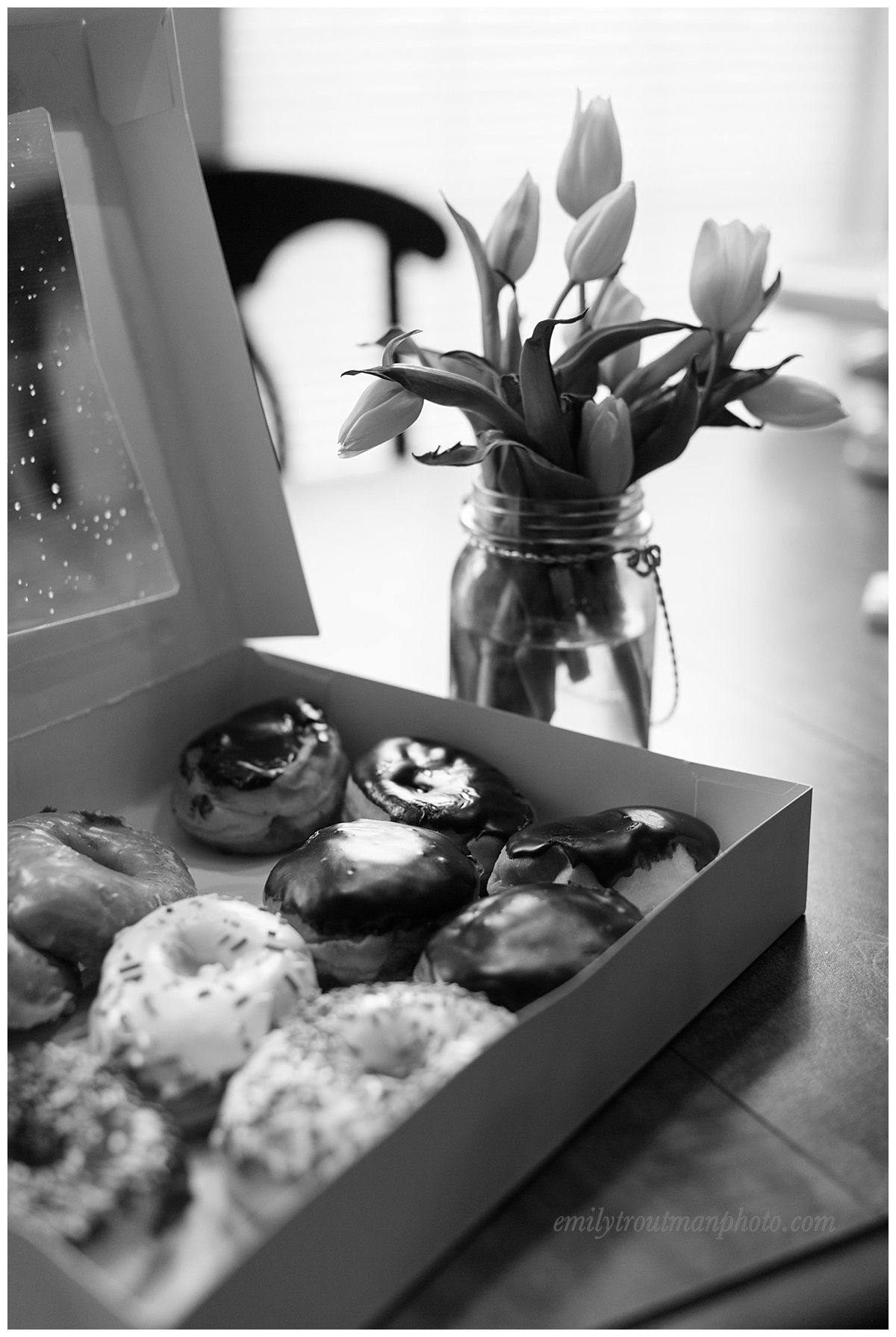 Daddy went for fresh donuts and notice the snow still melting on the lid of the box! Fresh donuts don't last long at this house!