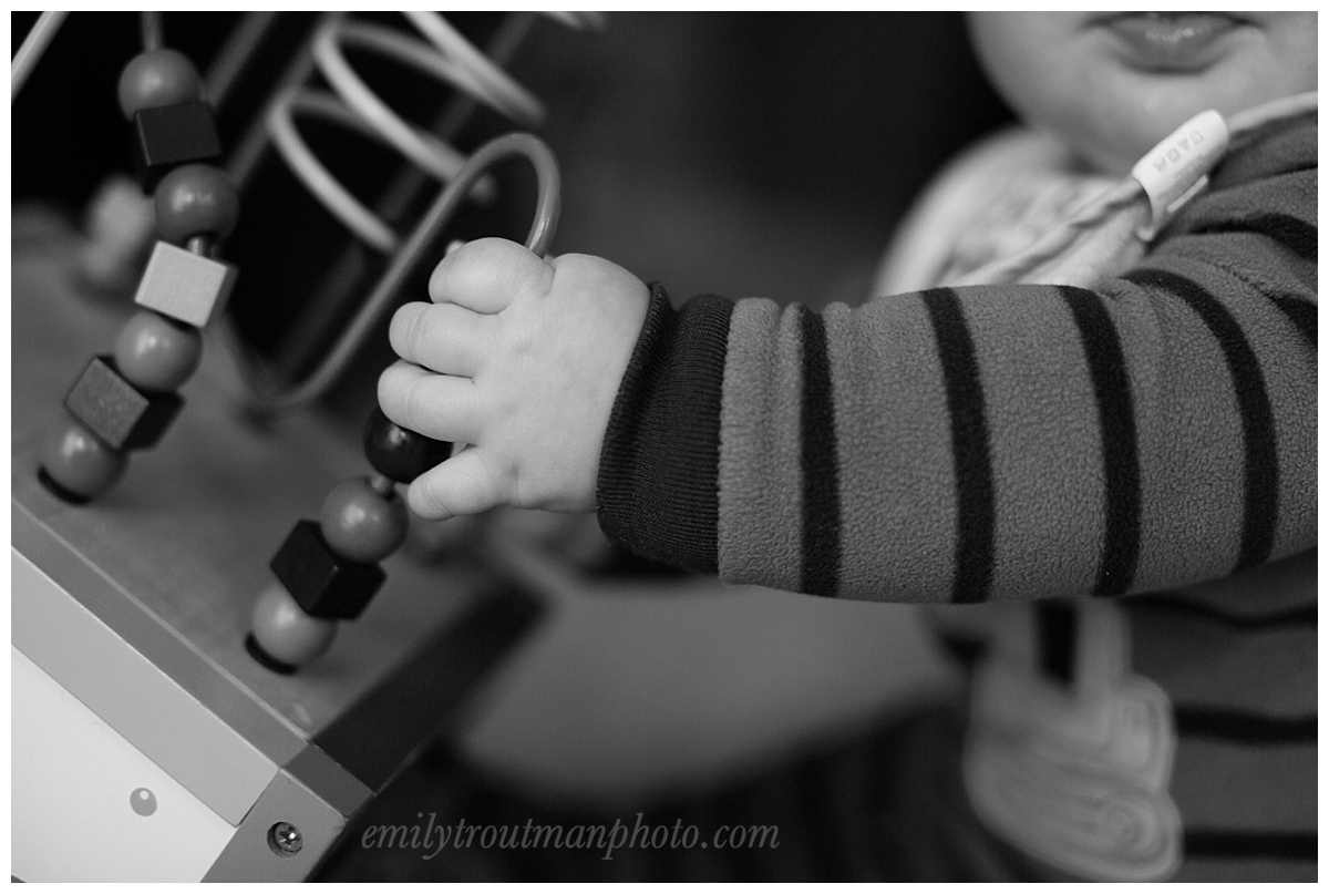 Aren't chubby baby hands the best?!