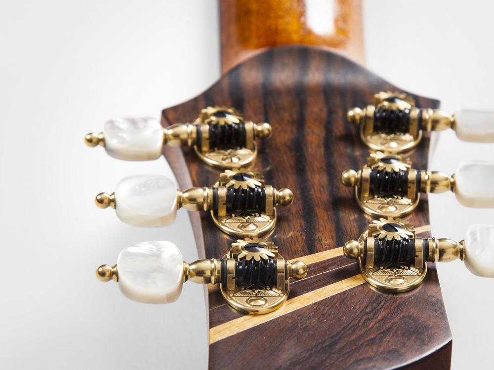 guitar_54_gallery_04.jpg